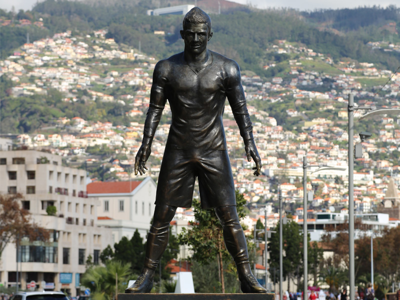 Cristiano Ronaldo Statue in Funchal auf Madeira